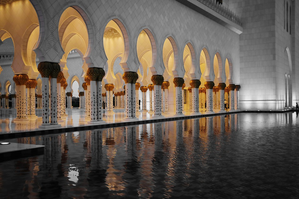 sheikh-zayed-mosque-2410877_960_720.jpg