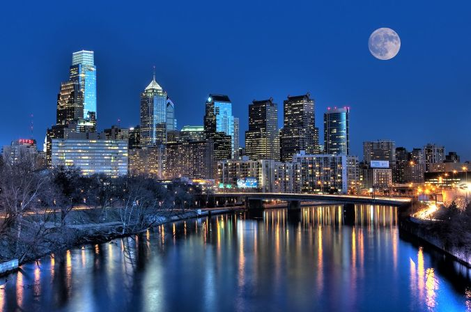Philadelphia Skyline at Night.jpg